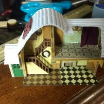 tedious mini house thing1254486159..jpg